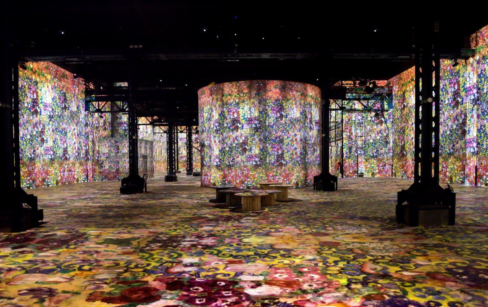 Atelier des Lumières و Musée Yves Saint Laurent: قم بزيارة هذه المتاحف الجديدة في باريس بقلم Paris Perfect