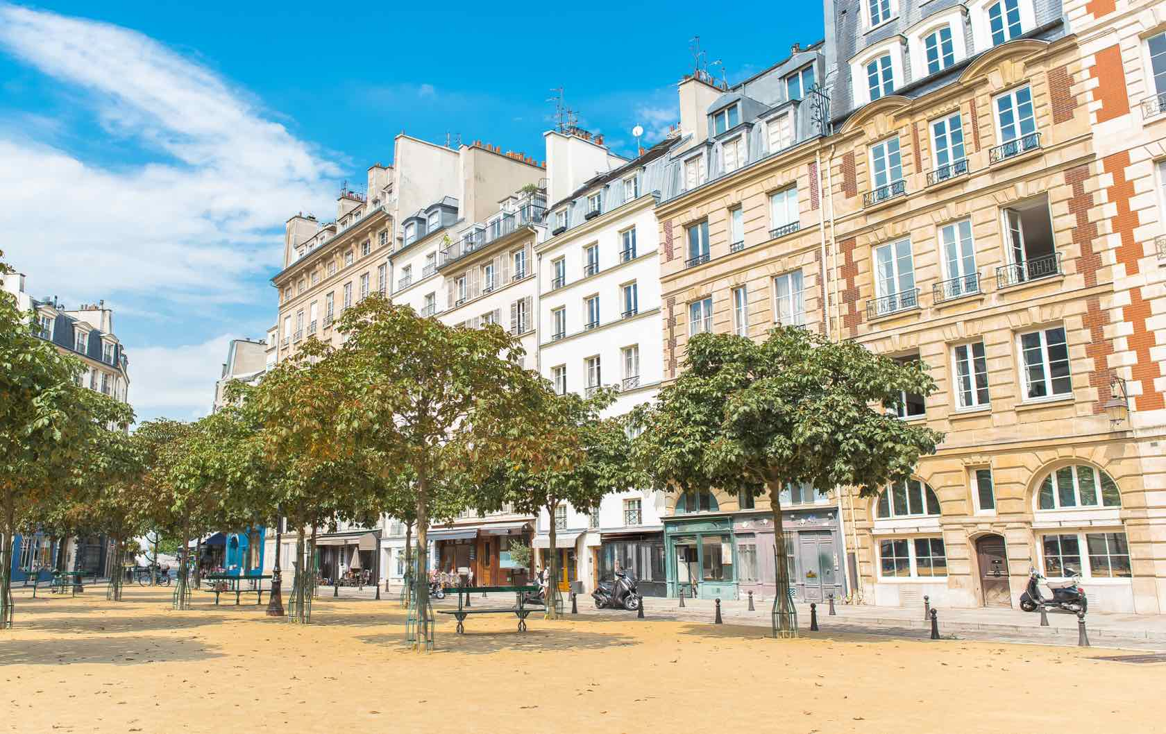 Skip the Crowds: 8 Tourist Places to Avoid in Paris by Paris Perfect Place Dauphine