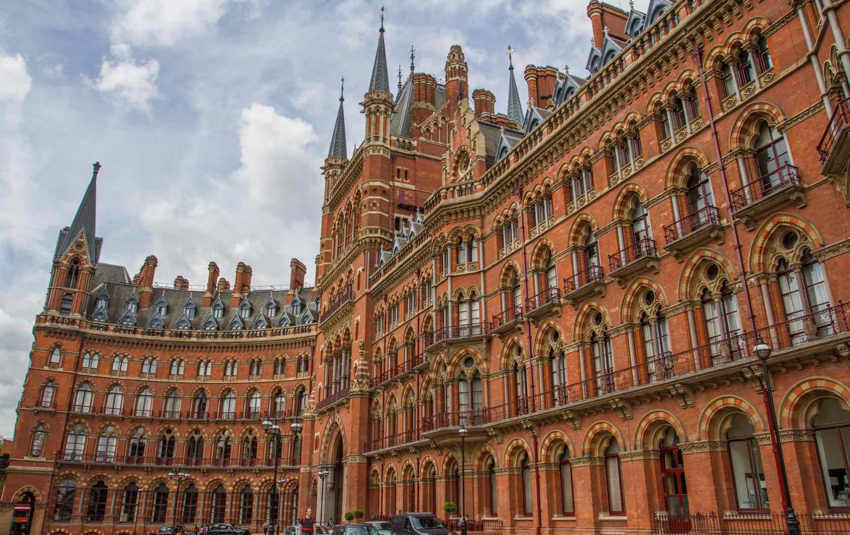 Here's how to Travel from Paris to London by Train by Paris Perfect St. Pancras Station London
