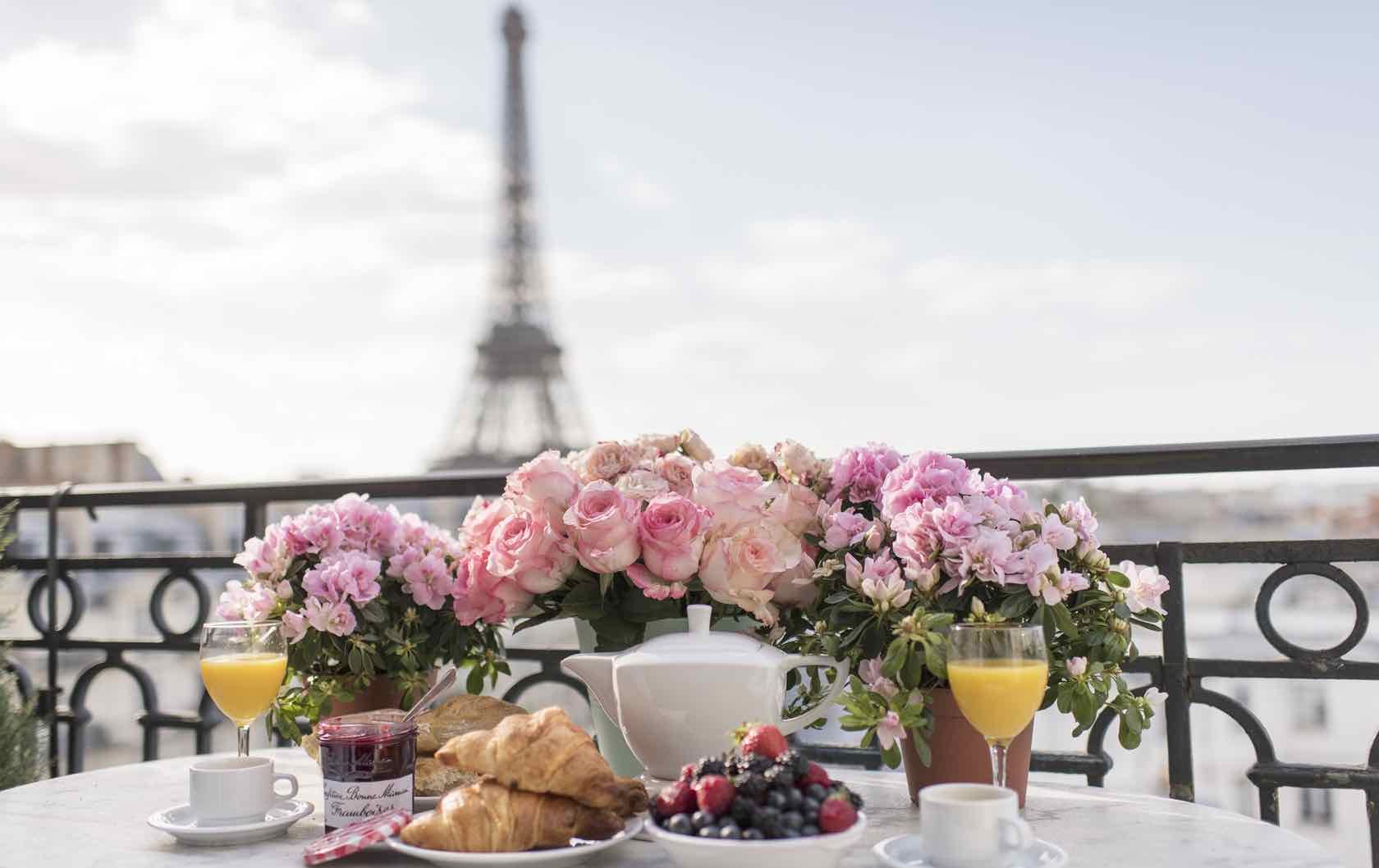 The Prettiest Places to Propose in Paris