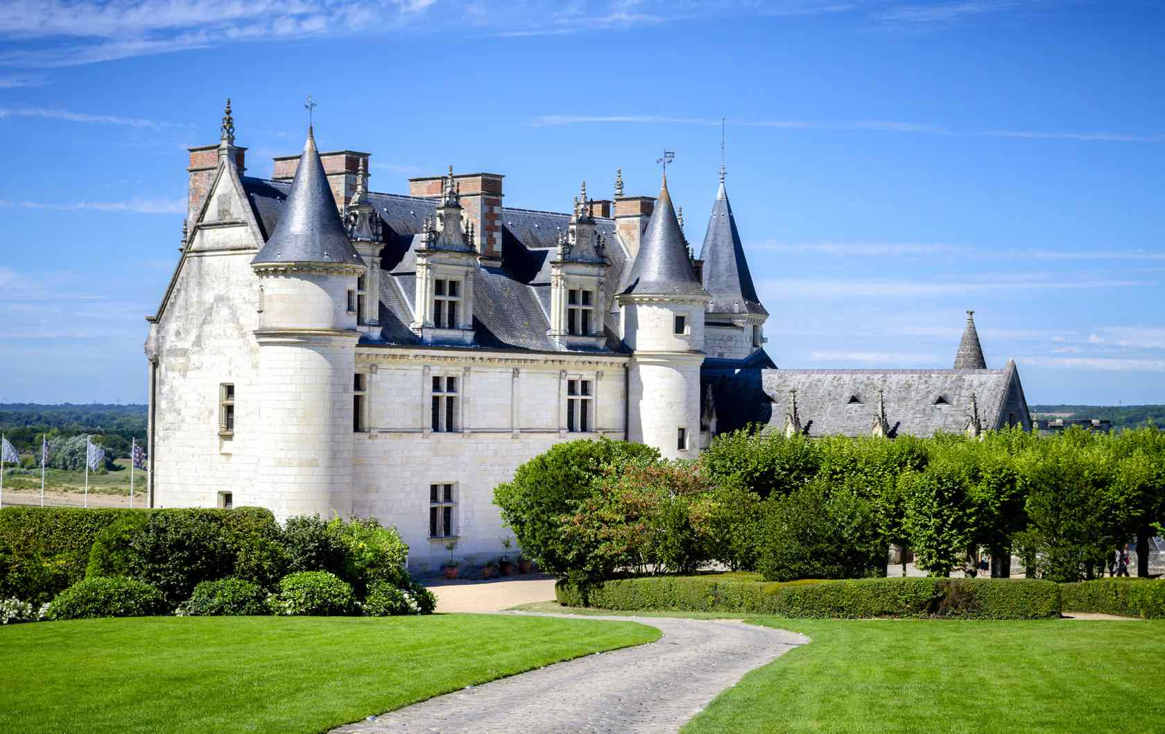 Different Day Trips From Paris by Paris Perfect Amboise Castle