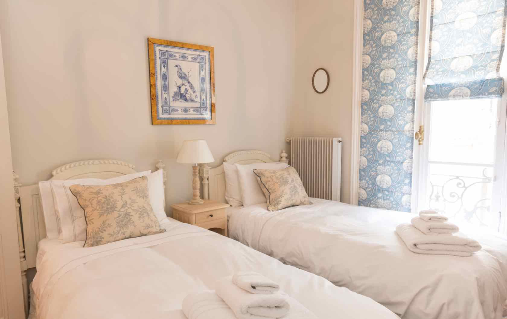 Live Like a Local in the Gamay, a Long-Term Rental in Paris by Paris Perfect spare bedroom