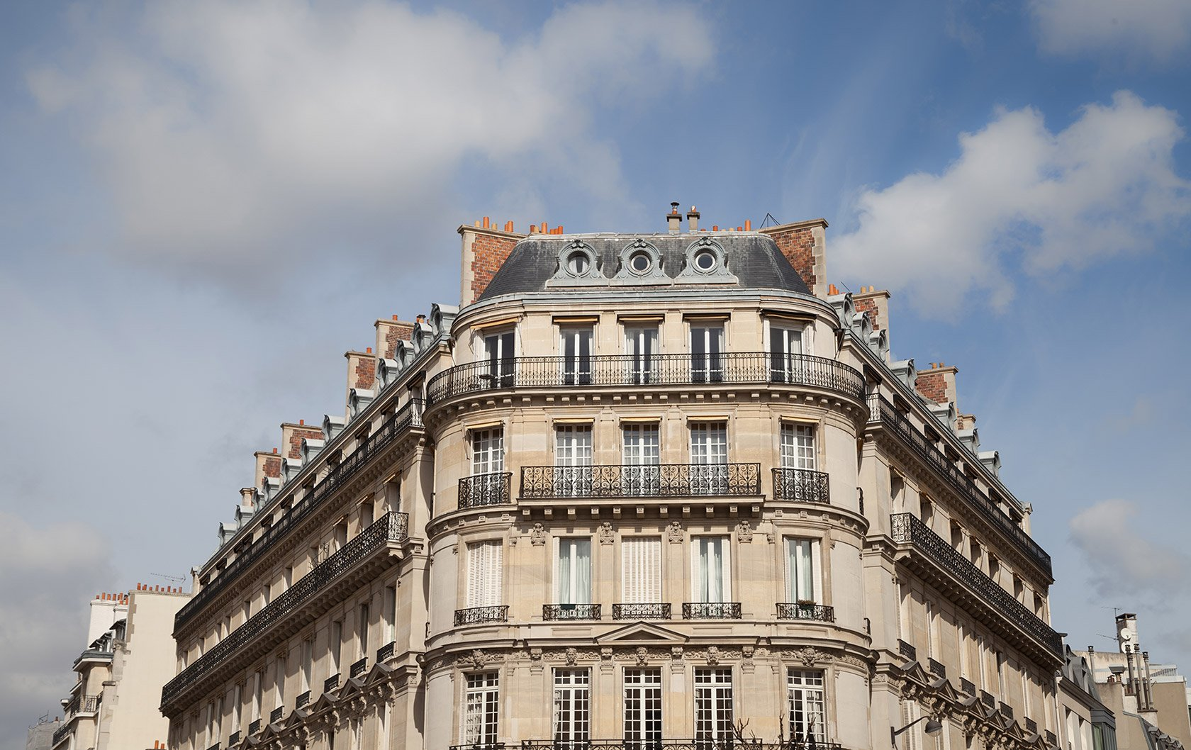 2019 Paris Real Estate Report: A Healthy Market Expected to