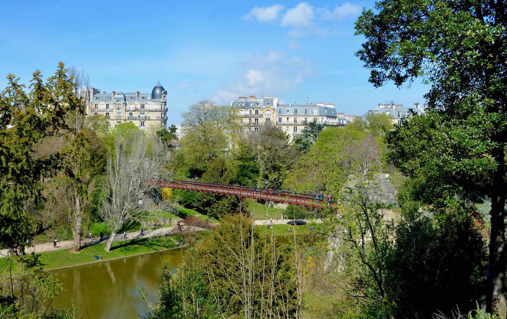 10 of the Best Places to Picnic in Paris by Paris Perfect Parc des Buttes-Chaumont