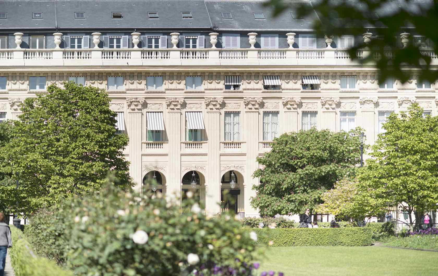 10 of the Best Places to Picnic in Paris by Paris Perfect Palais-Royal