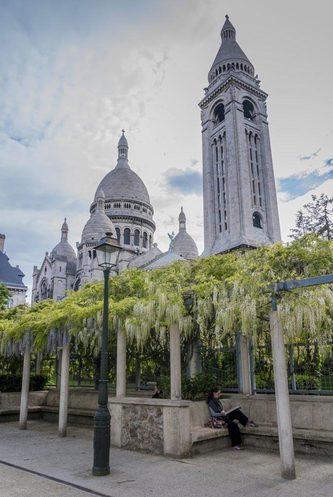 Sacré Coeur de Paris vu du parc de la Turlure