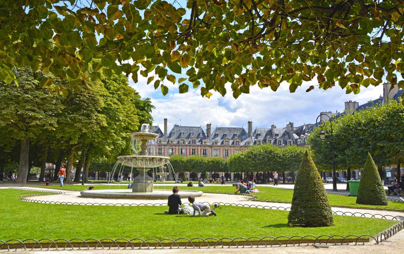Place des Vosges beautiful squares in Paris