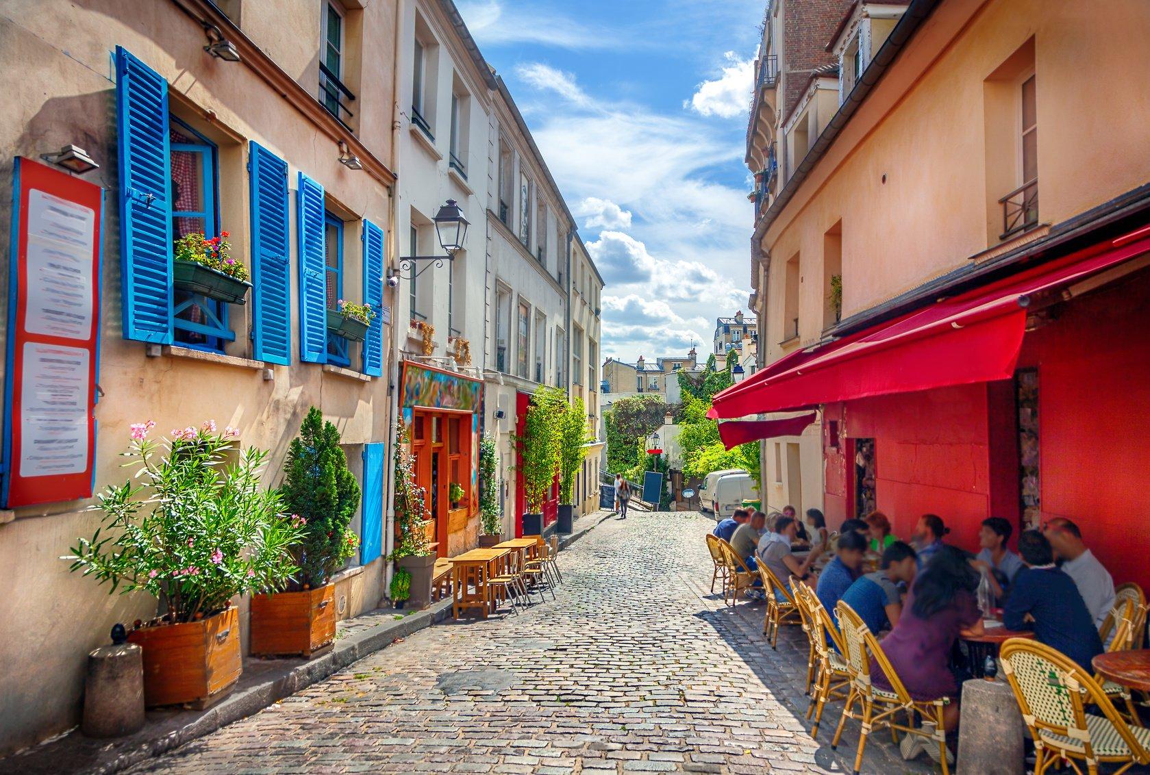 Montmartre 7 Sensational Summer Walks in Paris