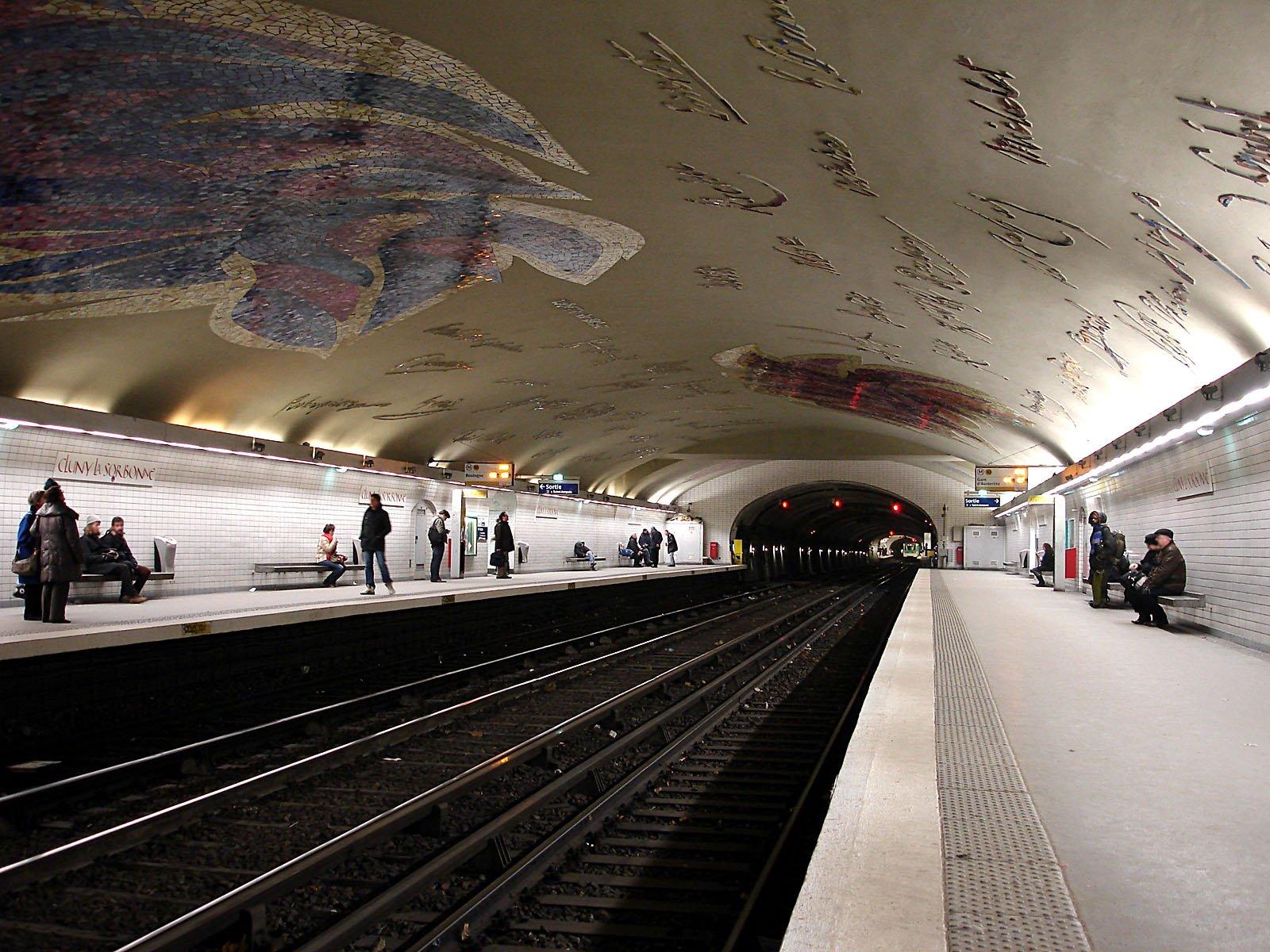 Cluny-La Sorbonne Paris Metro Staiton