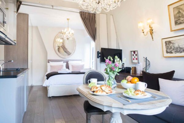 Cremant Apartment Paris Perfect