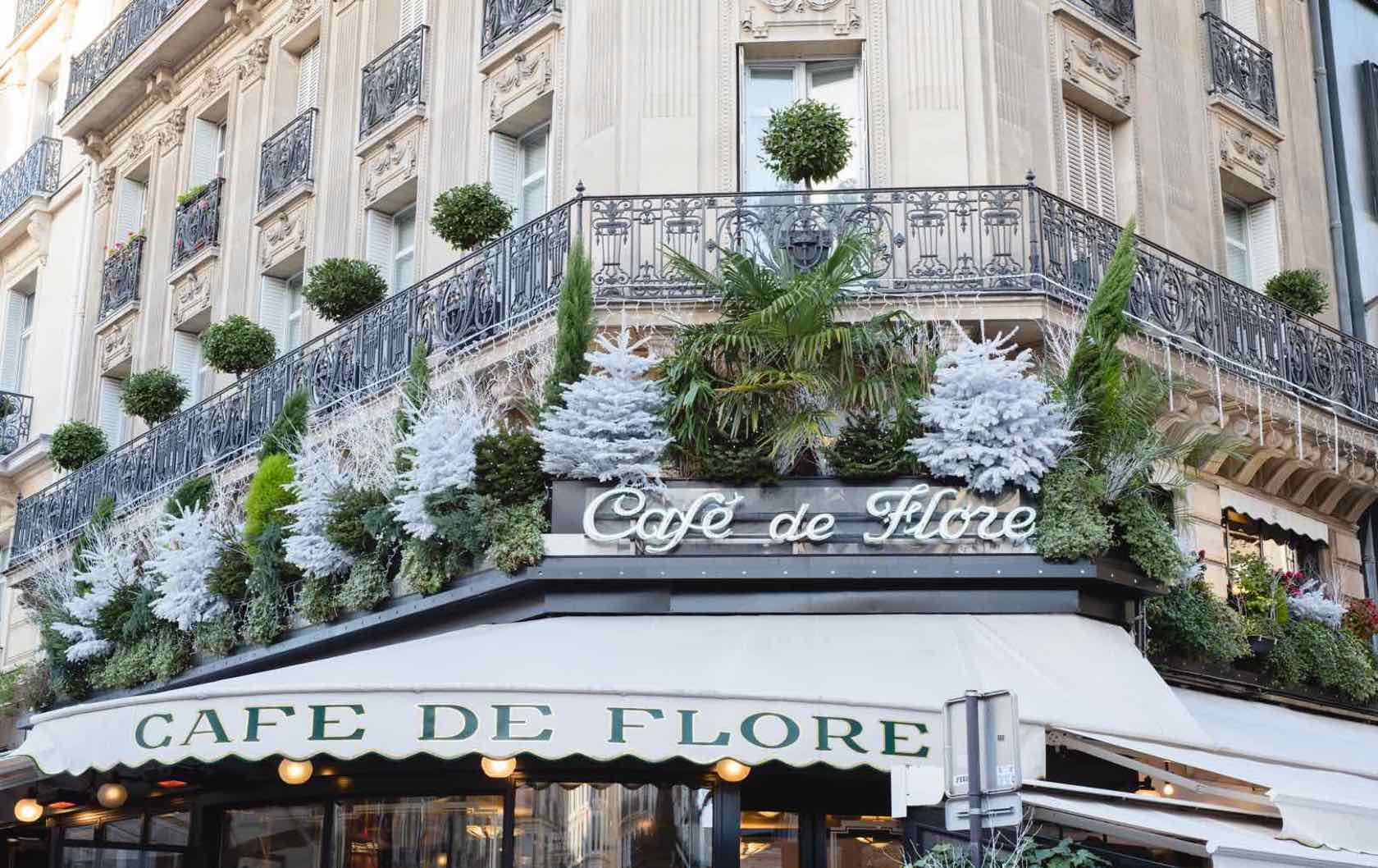 A Guide to Christmas in Paris Cafe de Flore