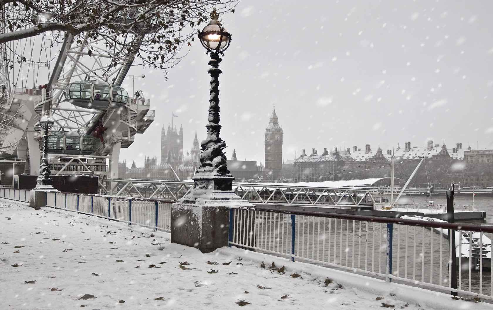 Visit London and Paris in Winter London under snow