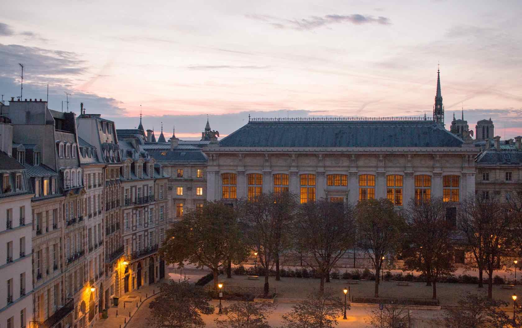 Visit Paris in the Winter Place Dauphine
