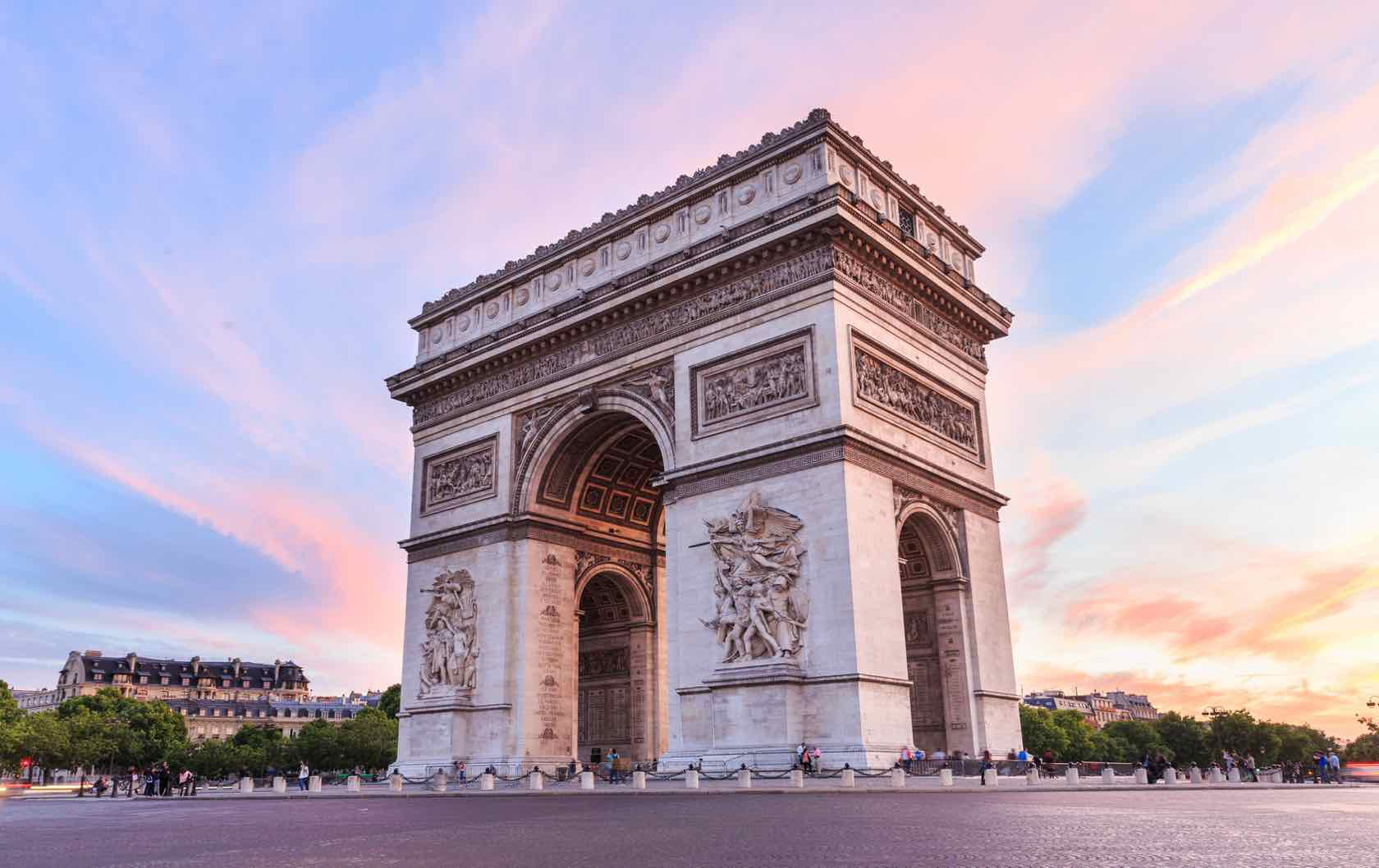 Arc de Triomphe visit France in 2020