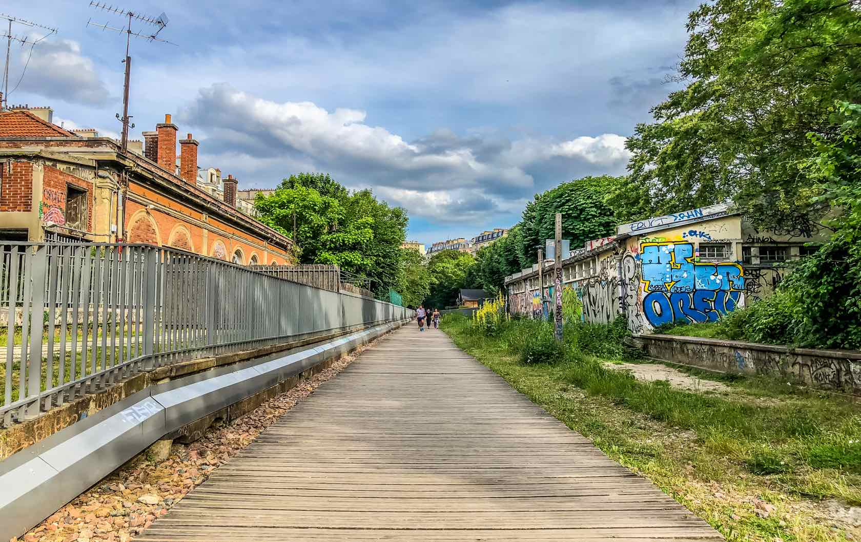 Offbeat Things to See in Paris La Petite Ceinture