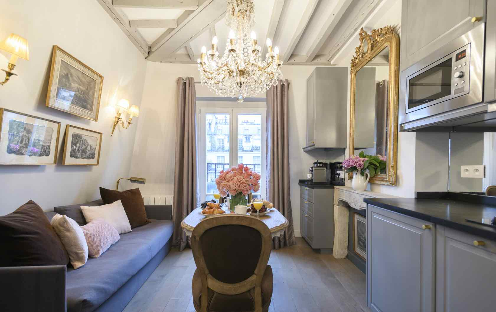 Cremant studio apartment from Paris Perfect Shared