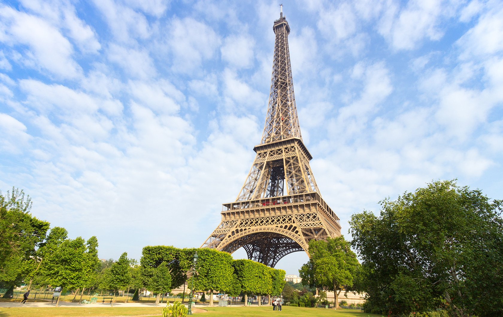 The Best Eiffel Tower Views in the 7th Arrondissement of Paris