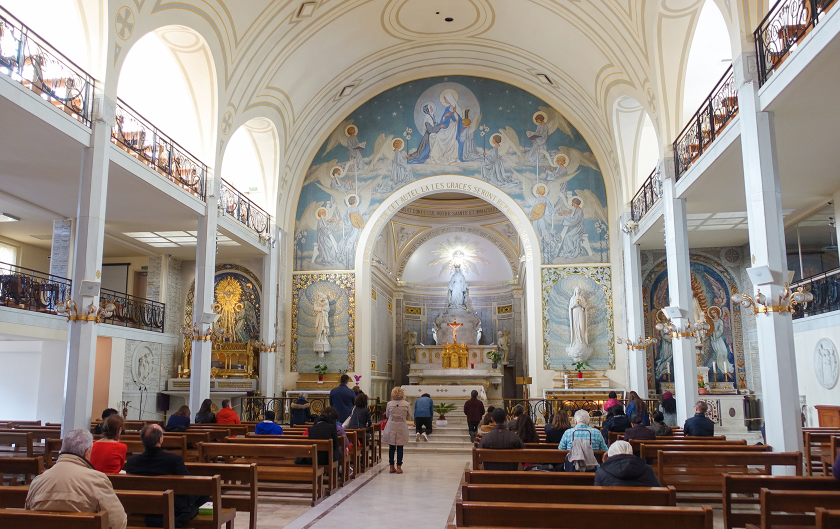 Chapel of the Miraculous Medal in Paris