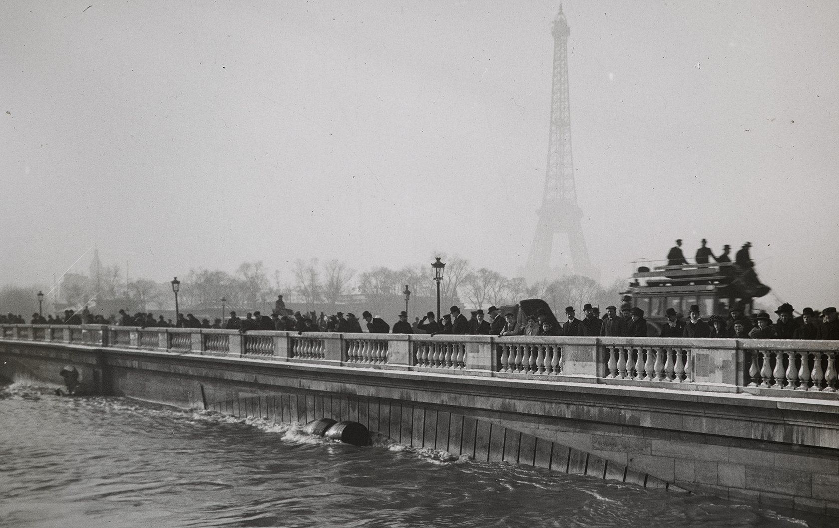 Seven Incredible Historic Photos from the 7th Arrondissement