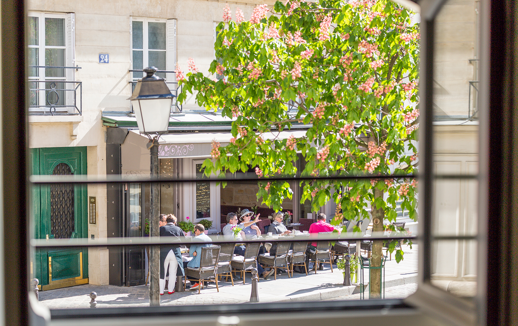 Place Dauphine charm from the Anjou apartment