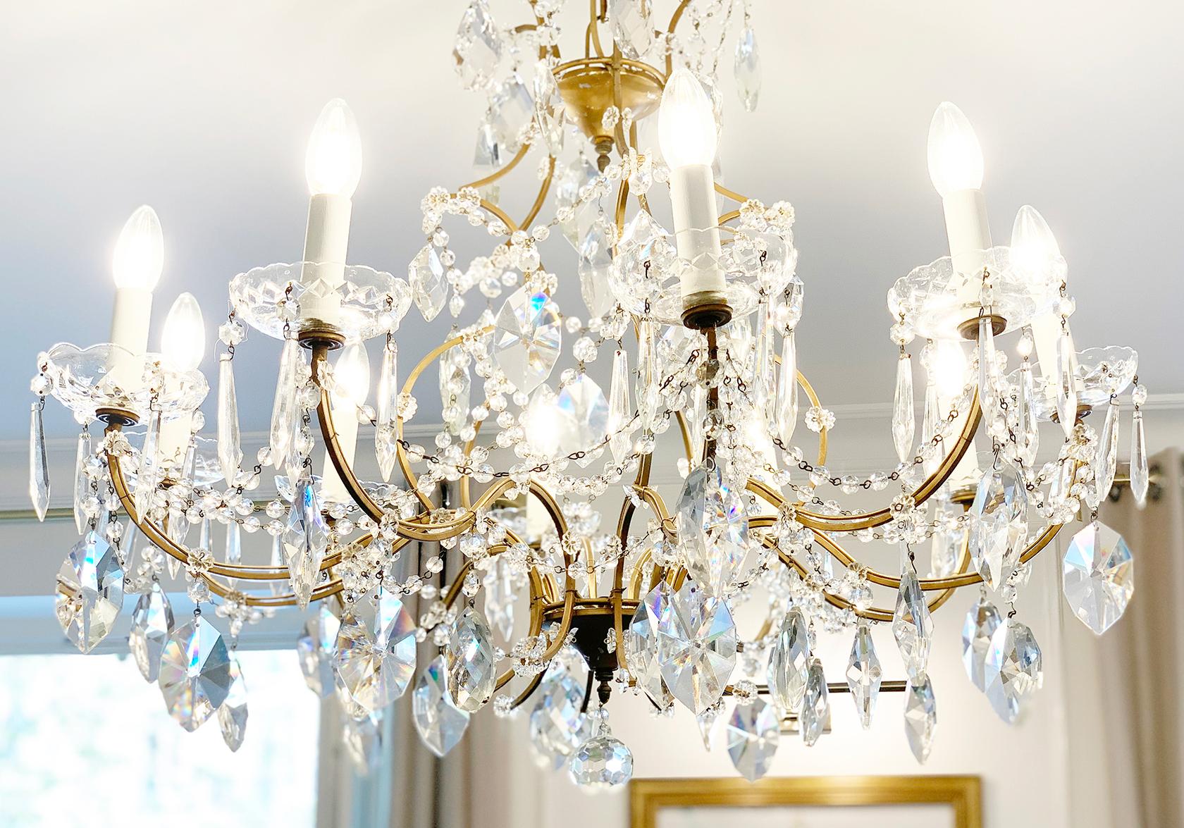Beaujolais apartment chandelier