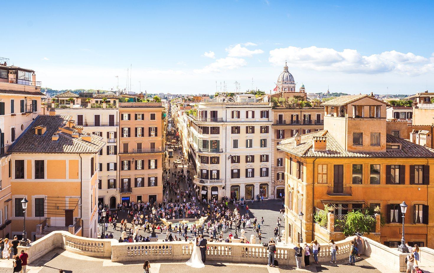 Shopping and Strolling through the Heart of Rome