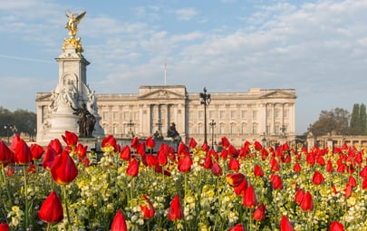 Visit the Most Impressive Royal Palaces in and Around London