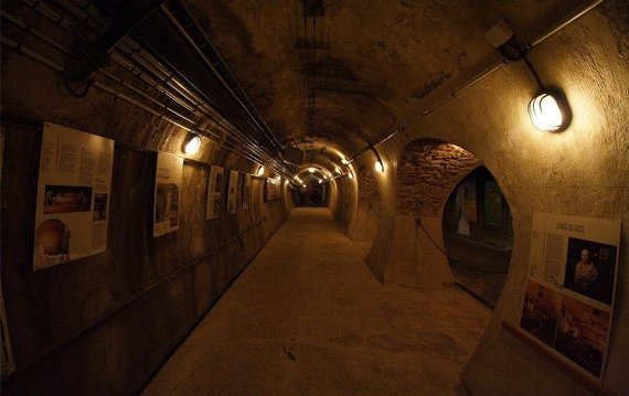 Les Egouts de Paris:  The Sewers of Paris