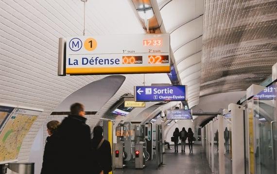 Navigating the Paris Métro System