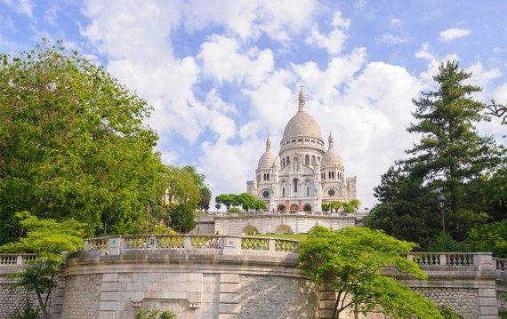 The 18th and 9th Arrondissements: Montmartre & Moulin Rouge