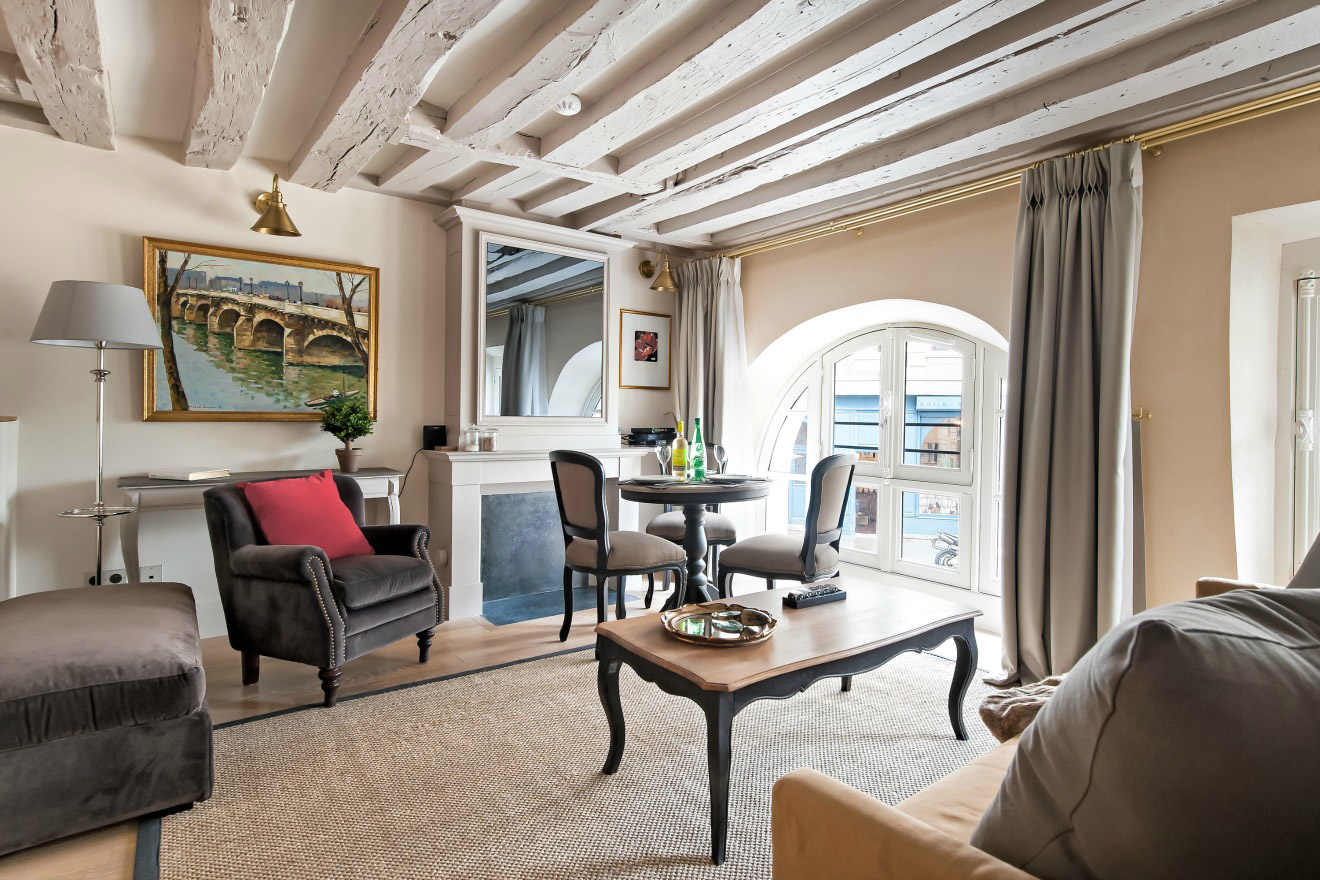 Place Dauphine Two Bedroom Apartment Rental in Paris