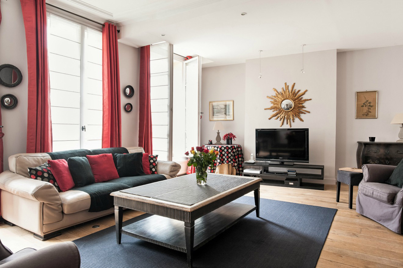 Spacious One Bedroom Paris Apartment in Stylish Saint Germain
