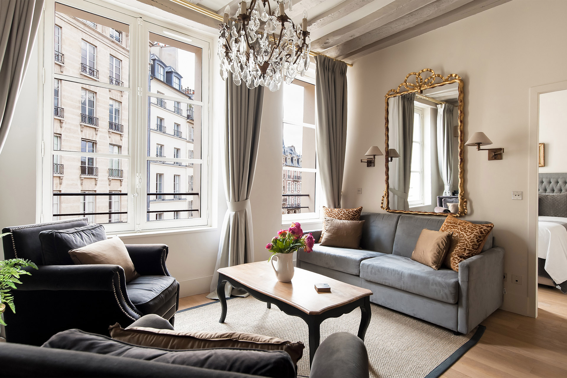 Place Dauphine One Bedroom Apartment Rental Paris Sale