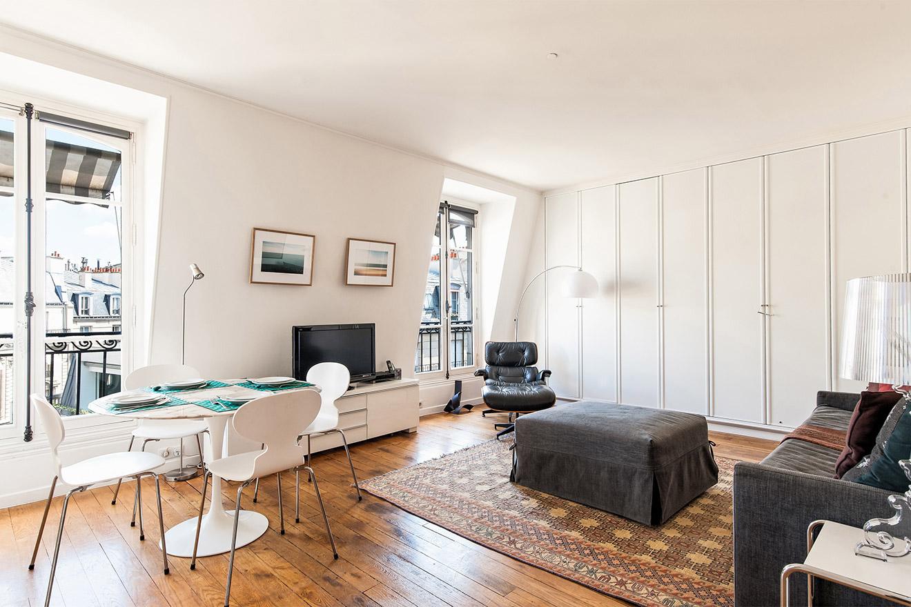 find 1 bedroom apartment in paris france paris perfect. Black Bedroom Furniture Sets. Home Design Ideas