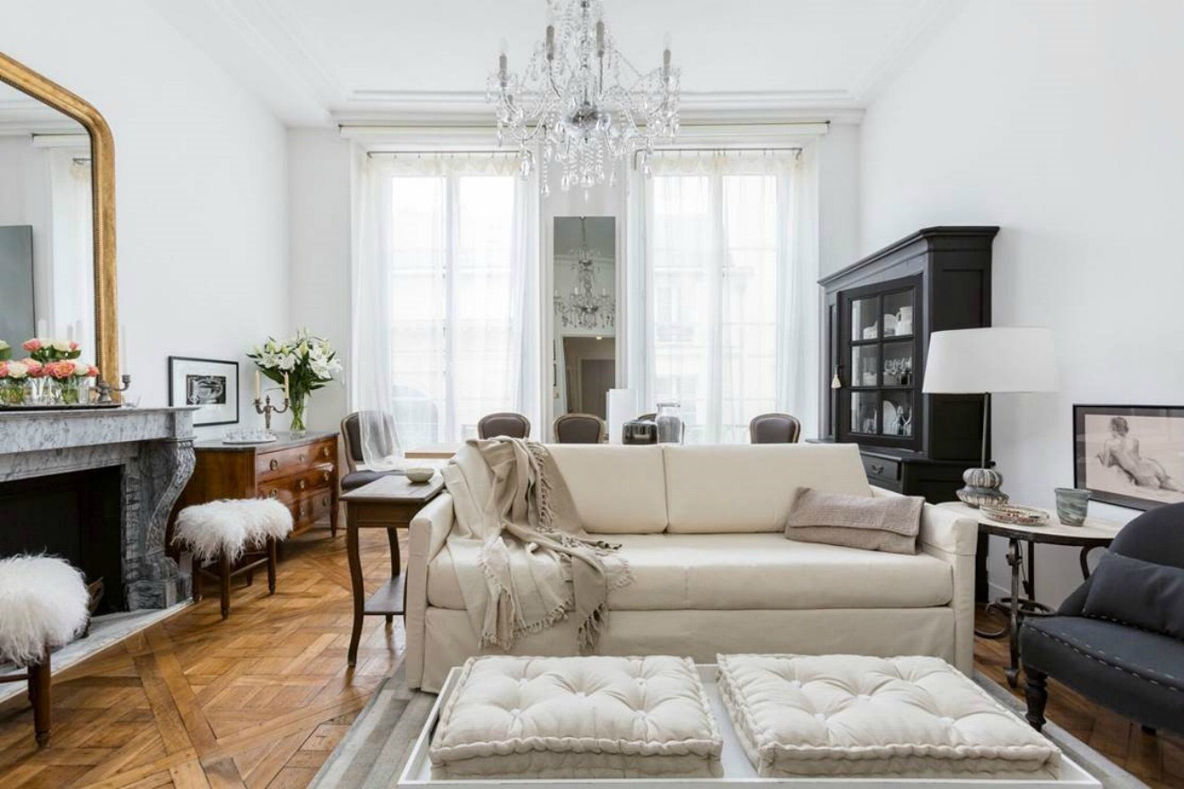 Chic One Bedroom Paris Apartment Near Les Invalides and Seine River
