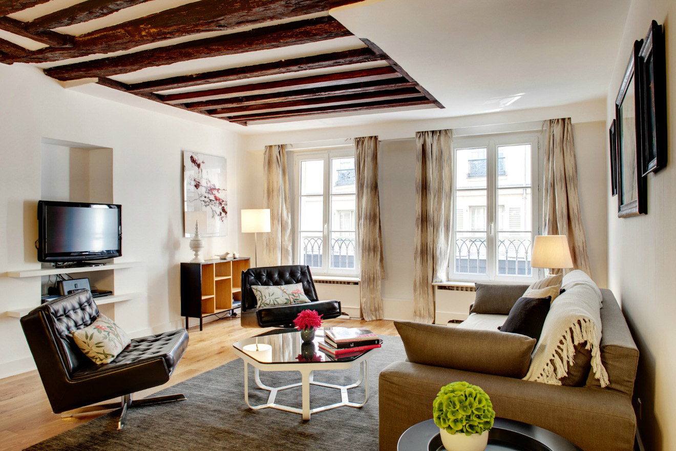 Stunning Two Bedroom Apartment in Saint Germain des Pres, Paris