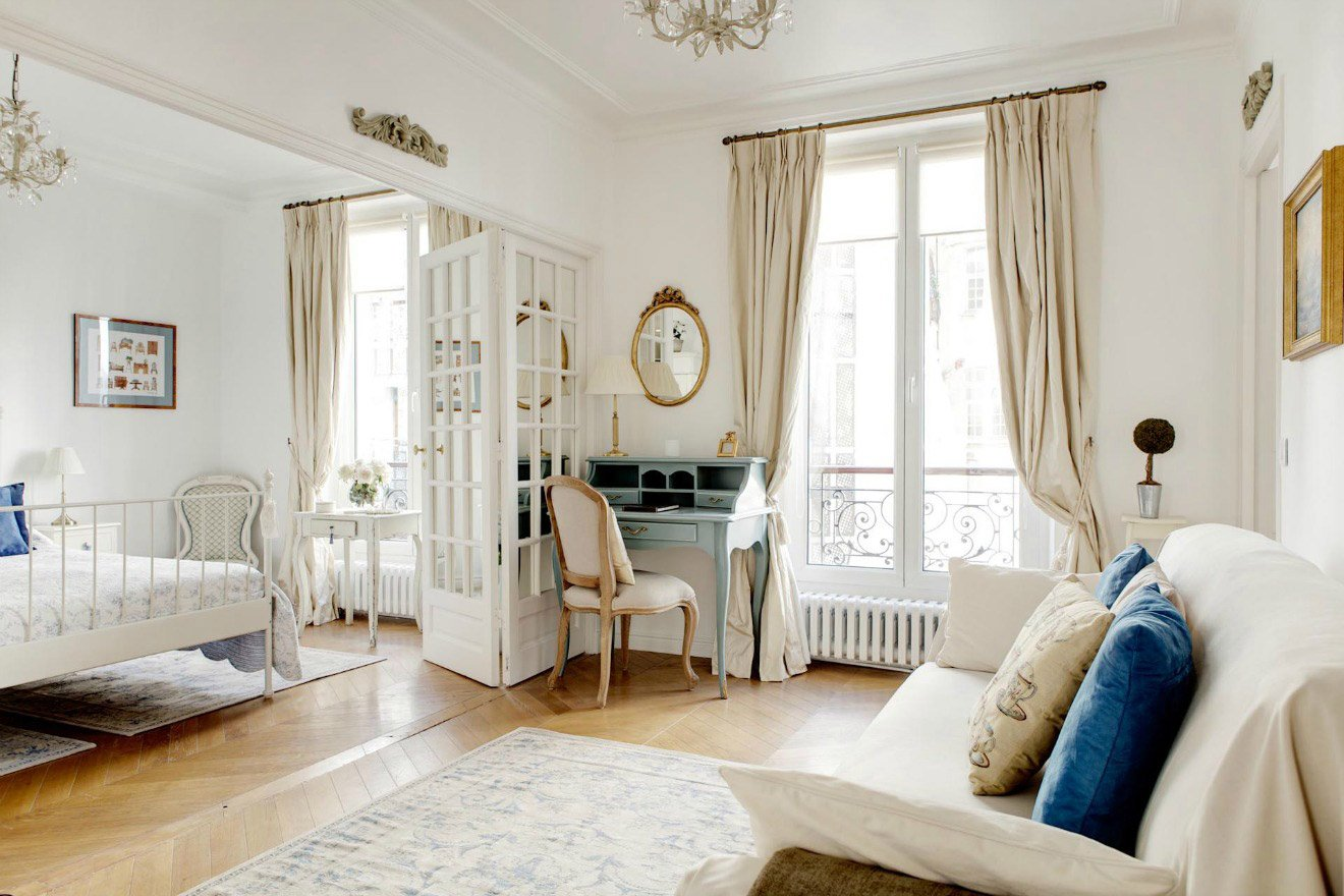 simply charming 2 bedroom paris vacation rental in the marais