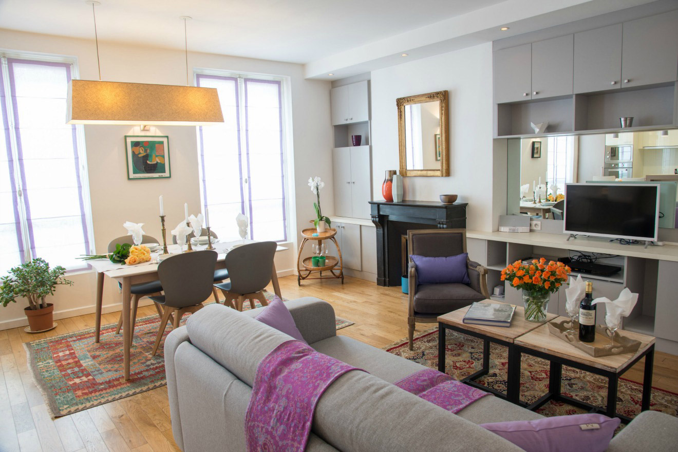 3 Bedroom Family Apartment in Paris