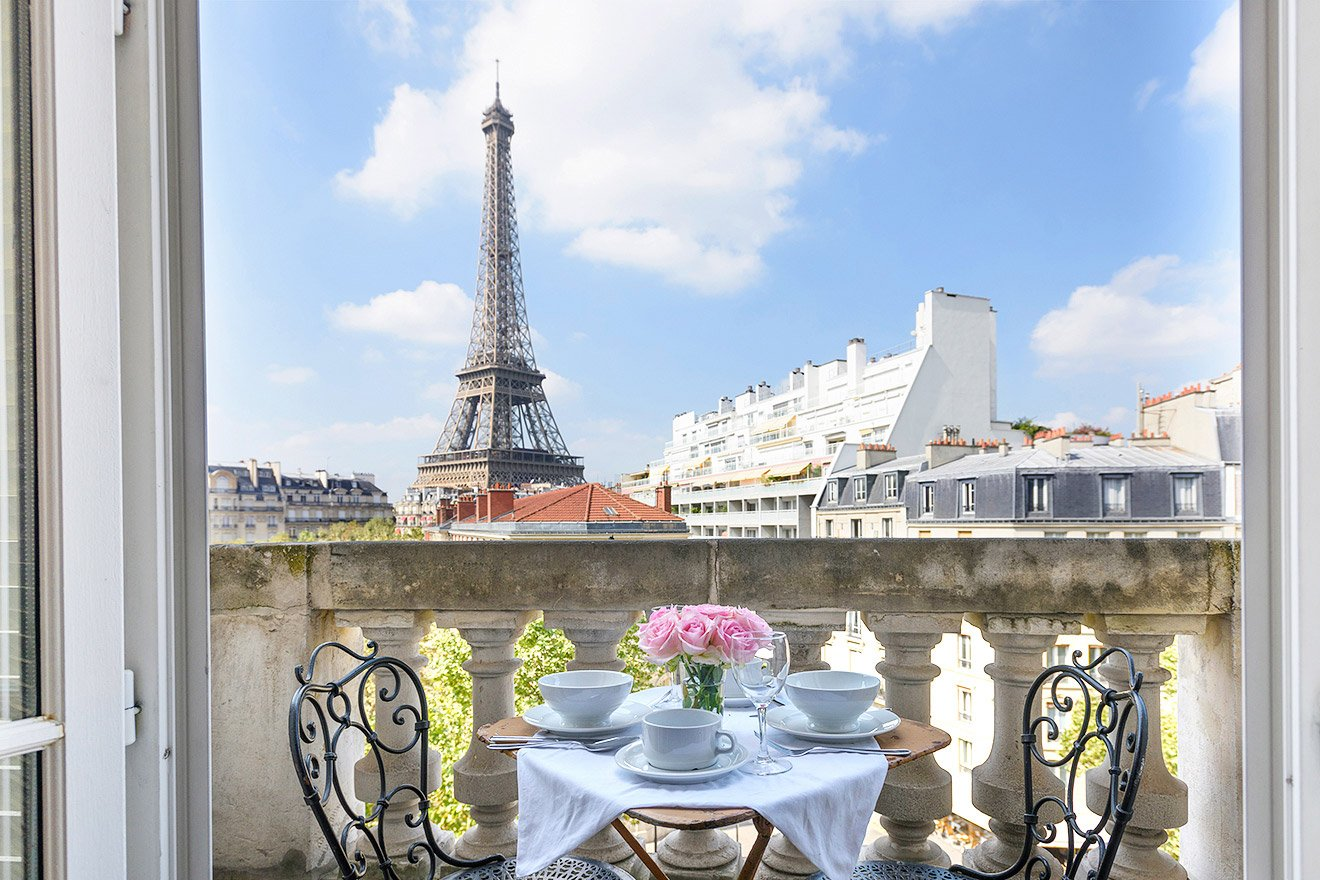 Book our 2 Bedroom Paris Rental with Eiffel Views - Paris Perfect
