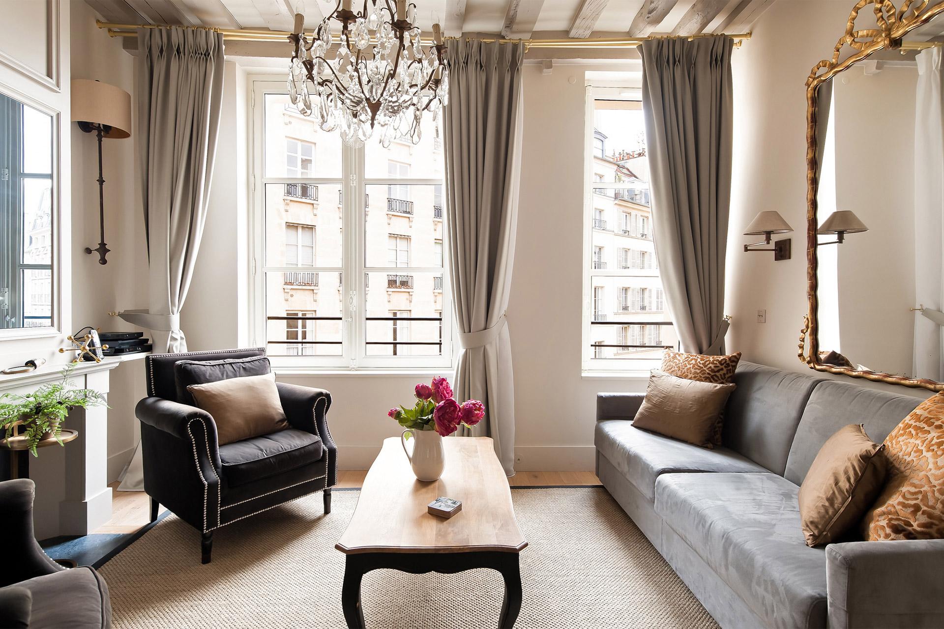 Excellent Place Dauphine One Bedroom Apartment Rental Paris Beutiful Home Inspiration Xortanetmahrainfo