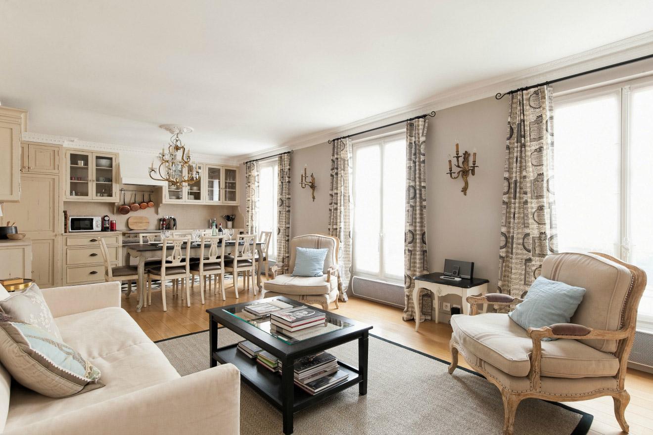 la apartments 2 bedroom.  Stunning 2 Bedroom Apartment in the Marais Near Place des Vosges