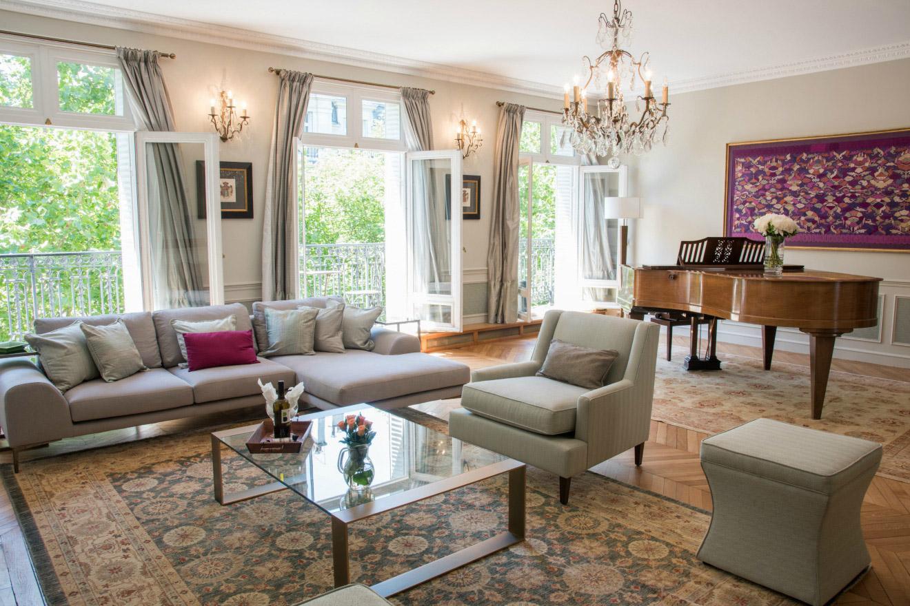 Eiffel chair living room - Eiffel Chair Living Room