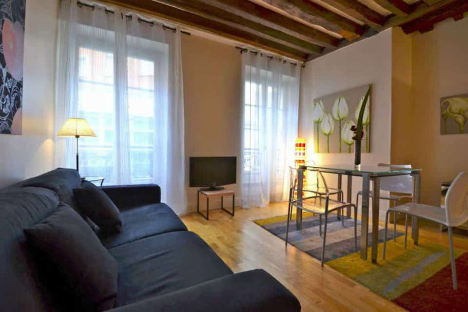 Apartments For Sale In Le Marais Paris