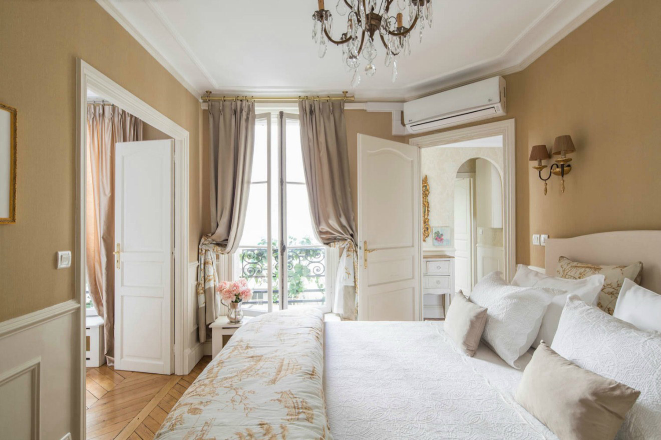 The Master Bedroom of the Beaune Two-Bedroom Apartment