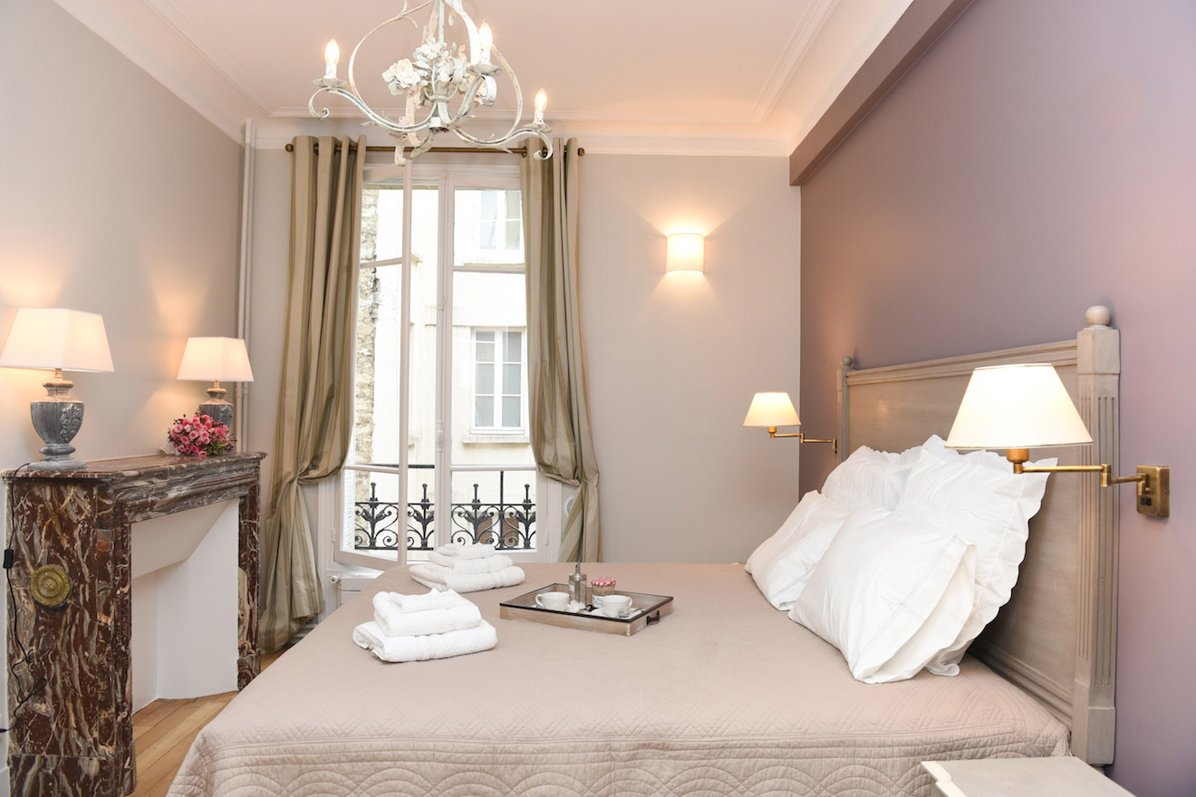 Spacious Two Bedroom Apartment in 7th Arrondissement