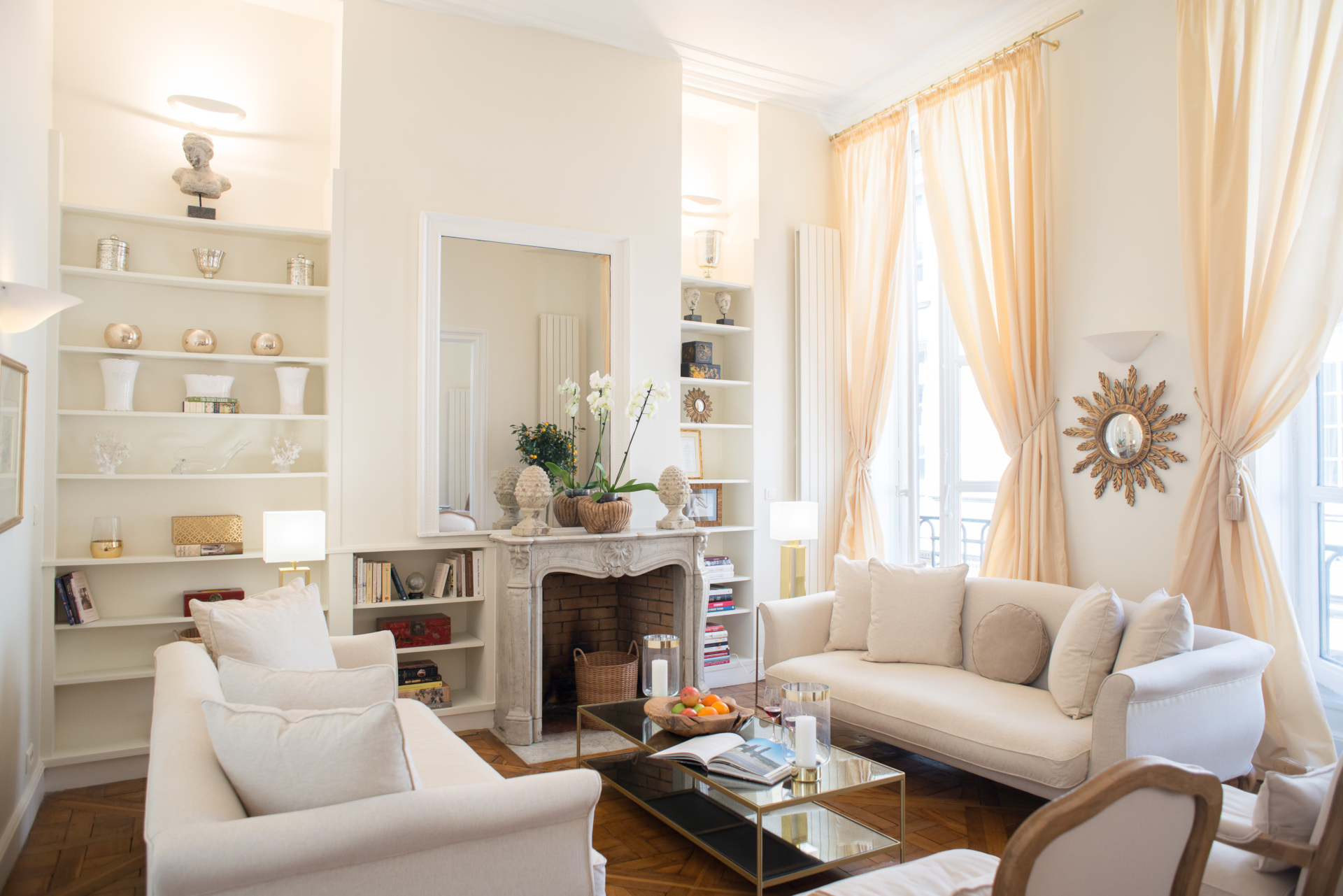 Book 3 bedroom 1st arrondissement paris apartment rental paris perfect sale