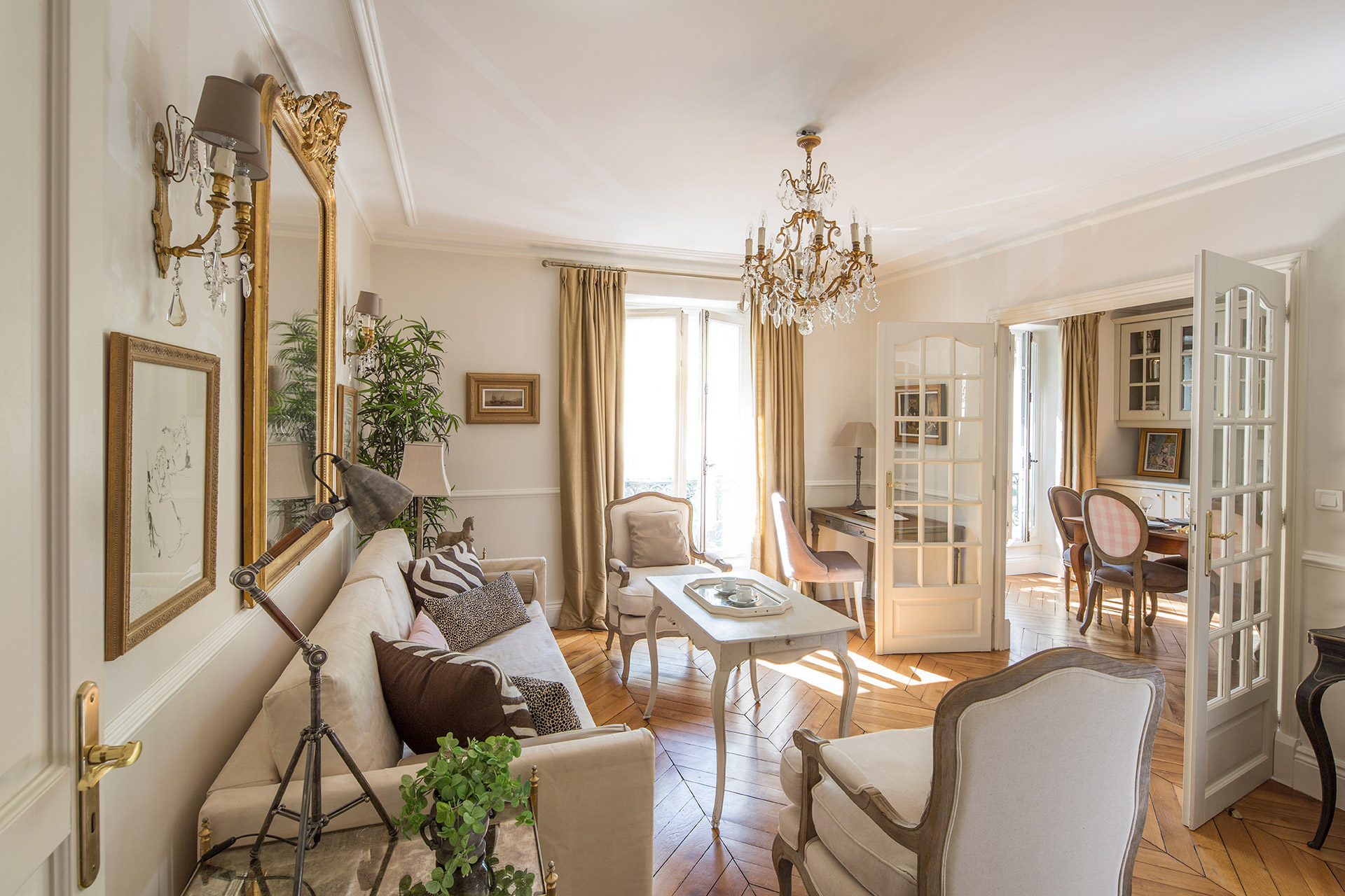 Awesome 2 Bedroom Paris Apartment Rental In The 7th Arrondissement