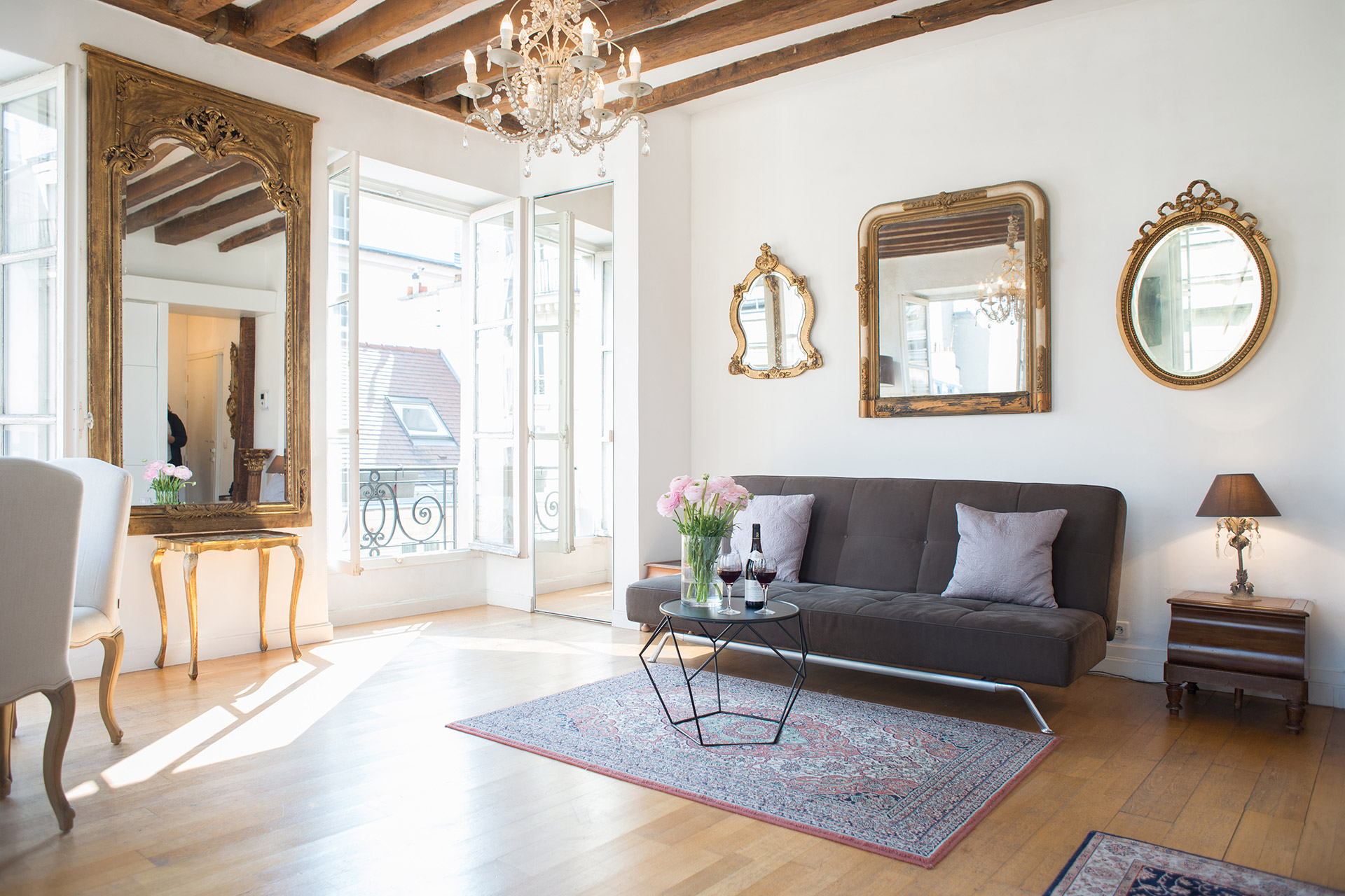 1 Bed Bath Paris Vacation Rental In The 6th Arrondist