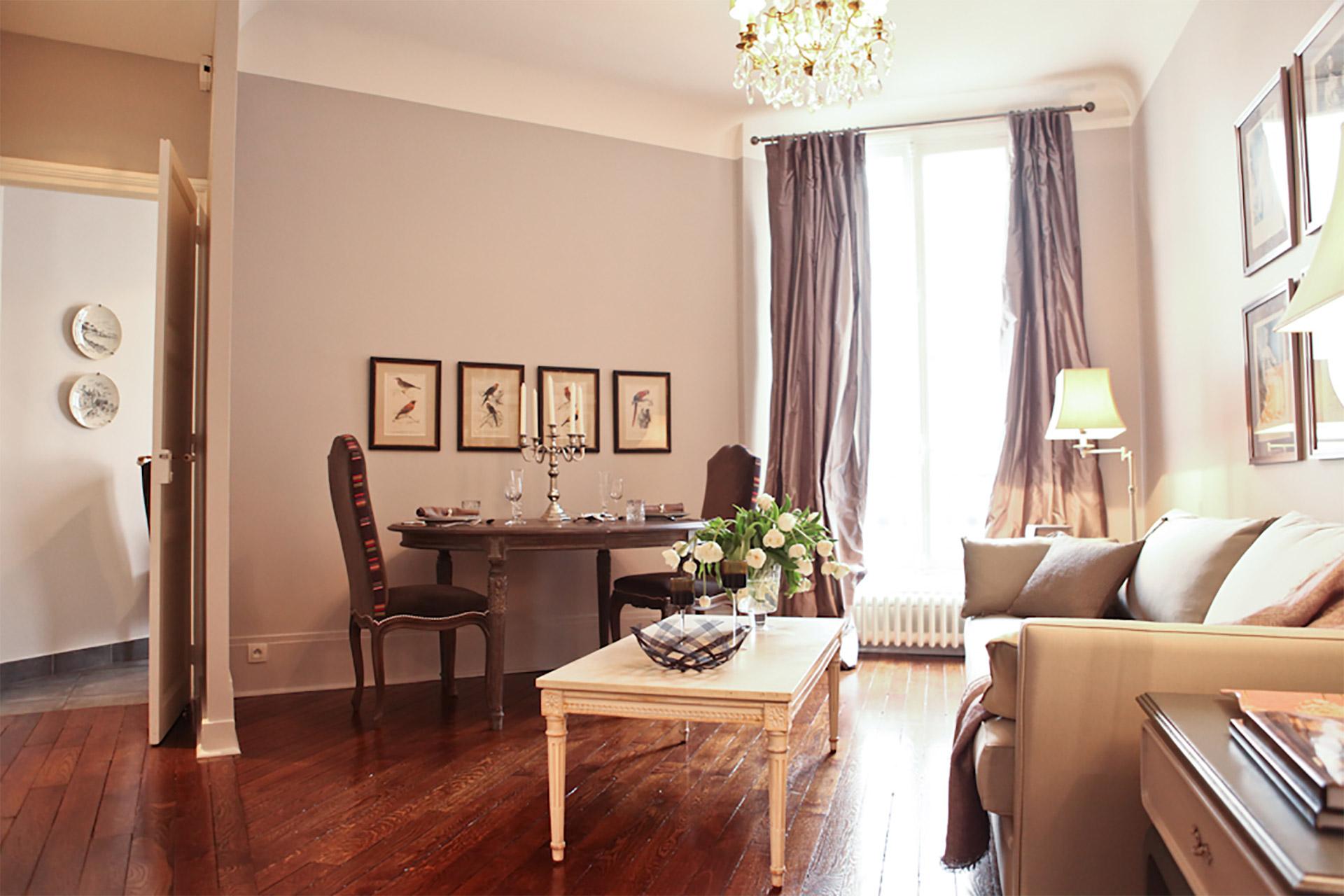 Lovely 2 bed, 1 bath long term rental near Trocadéro in the 16th