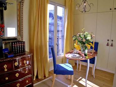 Kir Paris apartment after